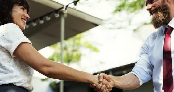 trouver professionnel organisation-d'un evenement d'entreprise